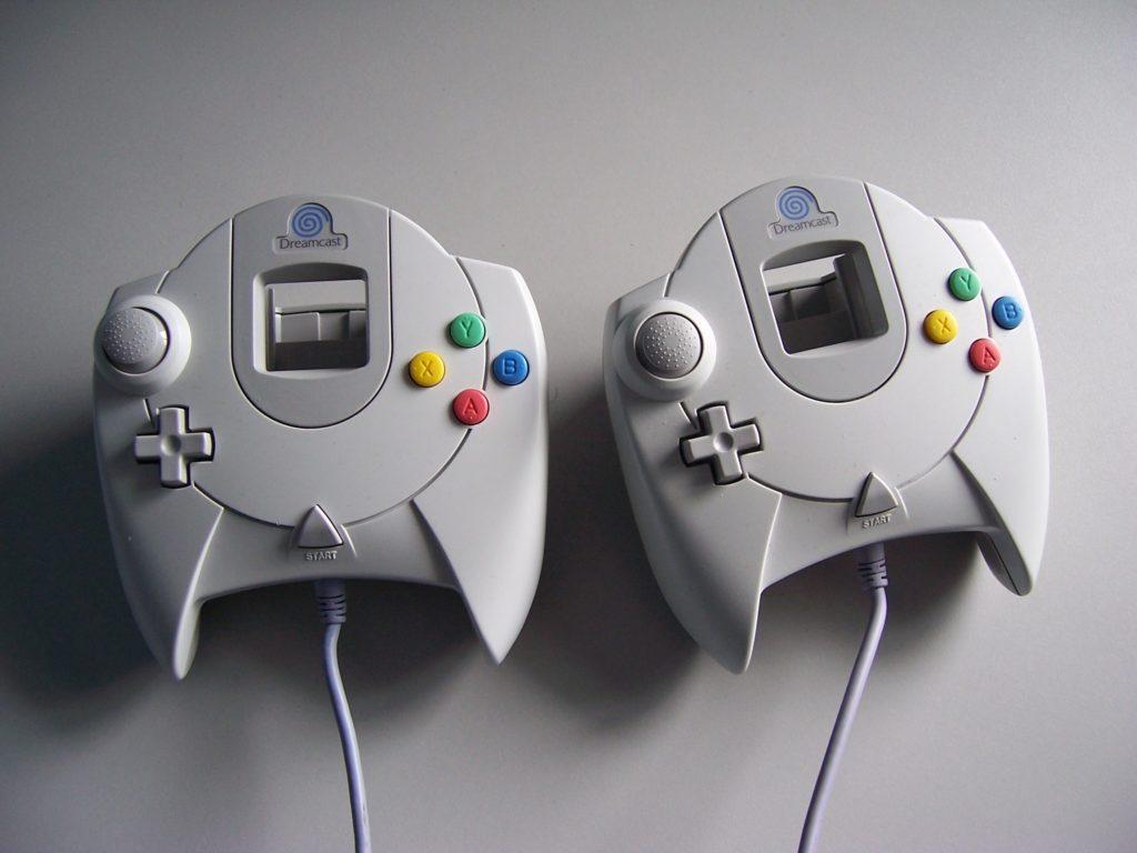 x Sega Dreamcast Control Pad UK