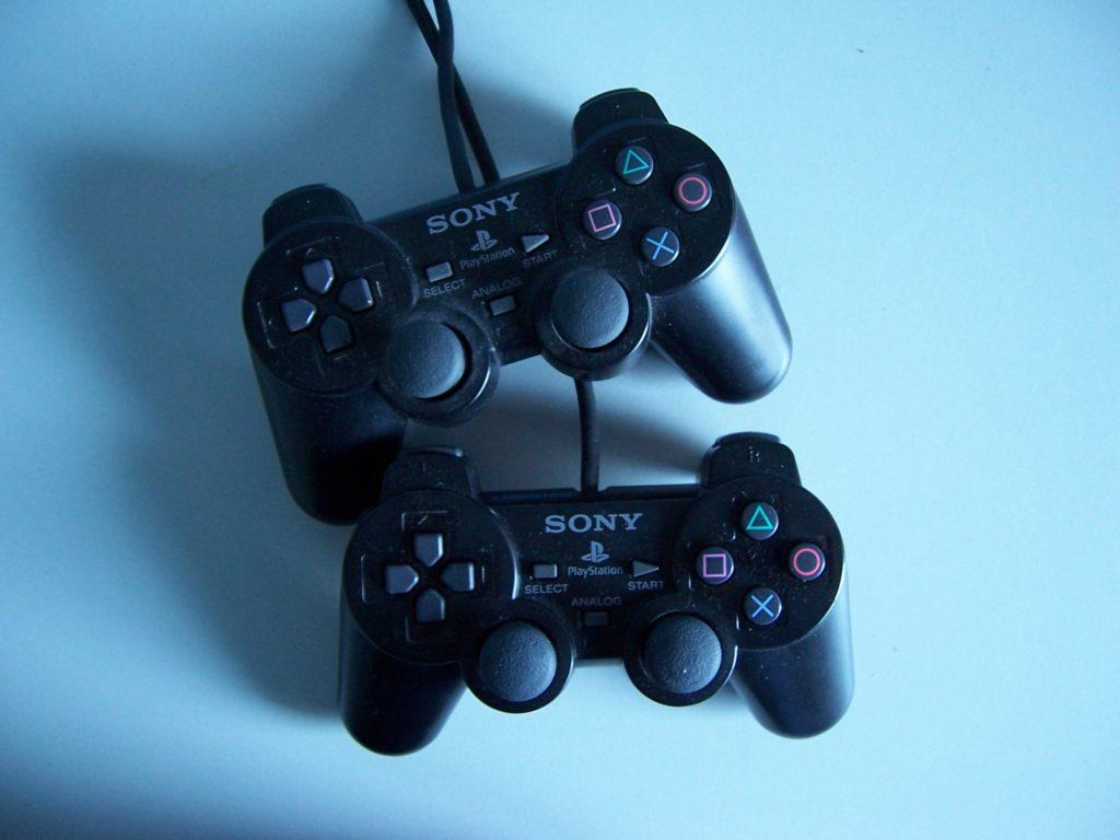 x Sony Dual Shock  Control Pads