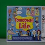 Tomodachi Life (1) Front
