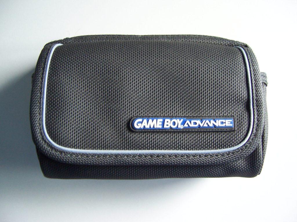 Nintendo Game Boy Advance Carry Case