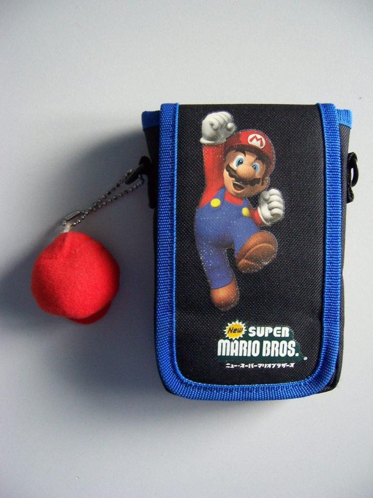 New Super Mario Bros DS Lite Holder