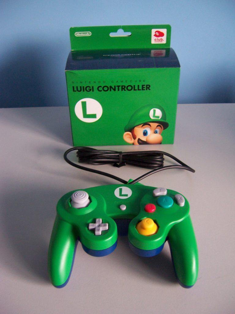 Club Nintendo Luigi Controller