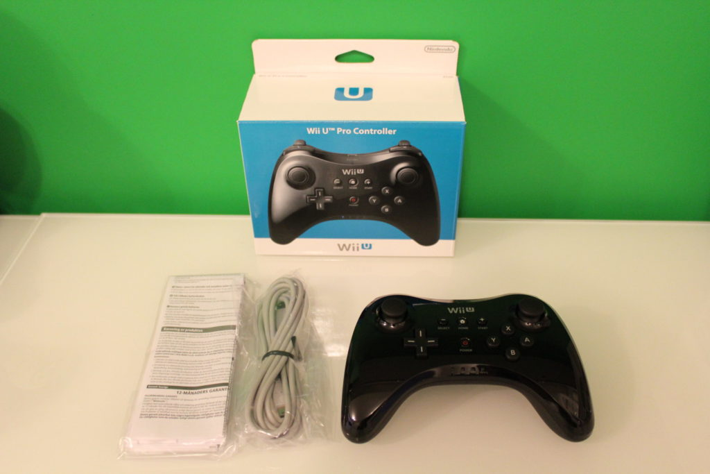 Nintendo Wii U Pro Controller  Contents scaled